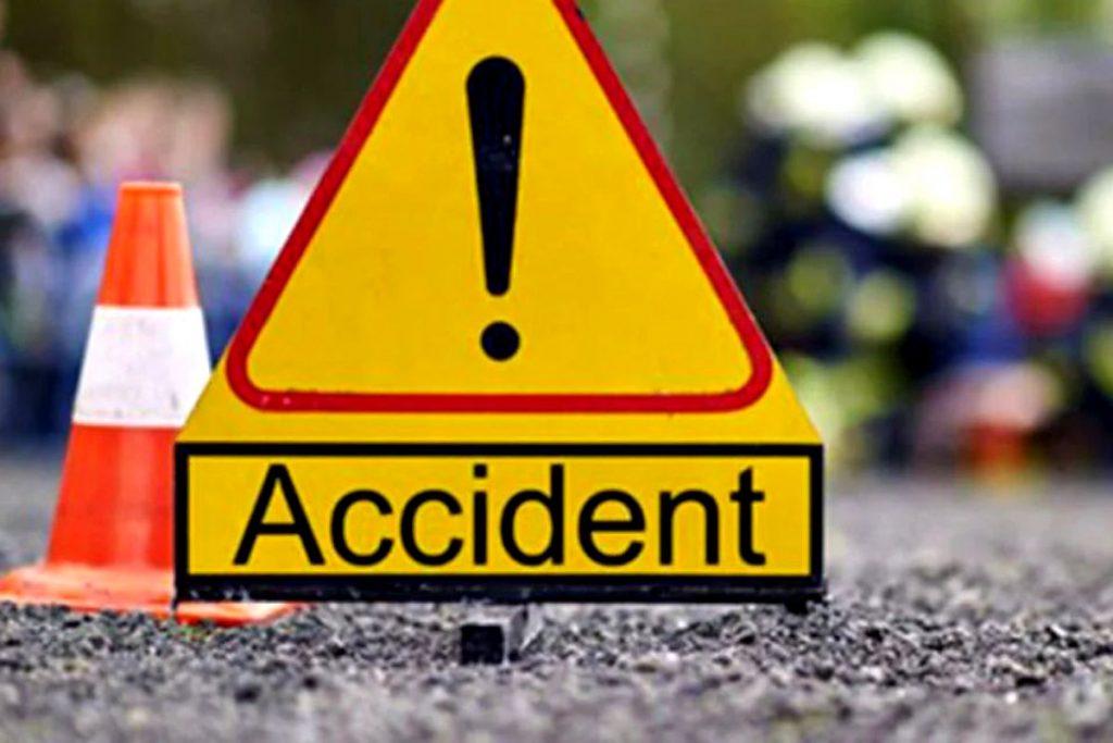 accident-pe-dn-2.-mai-multe-masini-implicate,-2-persoane-ranite-(foto)