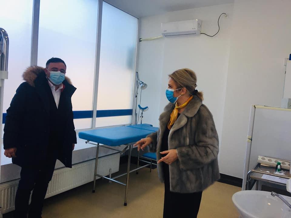 intarzie-amenajarea-centrelor-de-vaccinare-anti-covid-din-municipiul-buzau