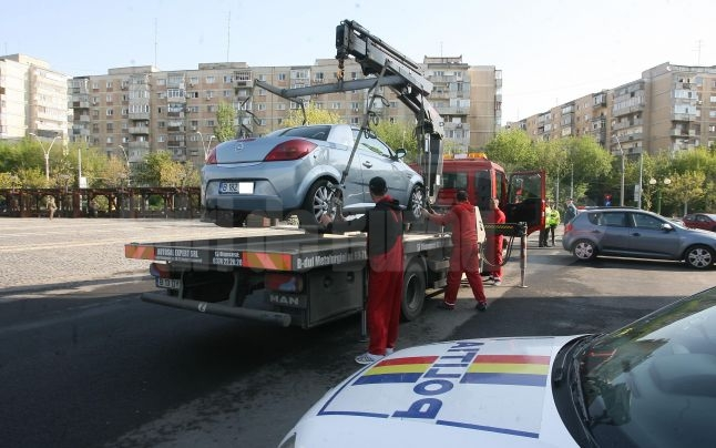 proiect-al-primariei-care-va-permite-ridicarea-masinilor-parcate-neregulamentar.-cat-te-va-costa-recuperarea-ei