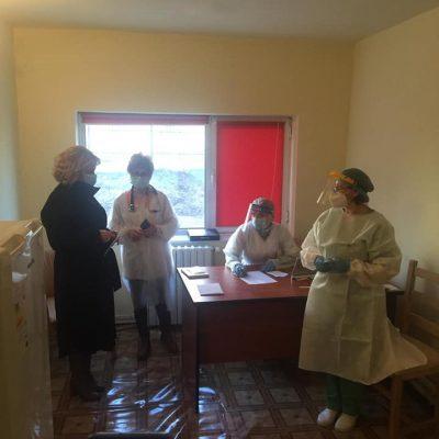 in-centrele-de-vaccinare-din-buzau-au-venit-mai-multe-persoane-fata-de-cele-programate-prin-platforma-online